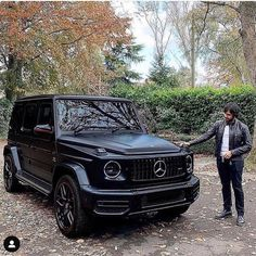 Daimler's mega brand Maybach was under Mercedes-Benz cars division until when the production stopped due to poor sales volumes. Mercedes-AMG became a Mercedes Suv, Carros Mercedes Benz, Mercedes G Wagon, Mercedes Benz G Class, Gwagon Mercedes, Dream Cars, Benz Amg, G63 Amg, Lux Cars