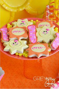 GreyGrey Designs: {My Parties} My Sweet Sunshine 1st Birthday Party with Birthday Express