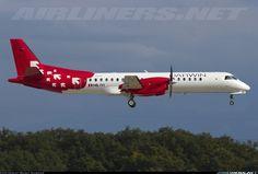 Saab 2000, Darwin Airline, HB-IYI, cn 016, first flight 24.3.1995 (Deutsche BA), Darwin delivered 5.9.2013. Foto: Geneva, Switzerland, 6.9.2013.