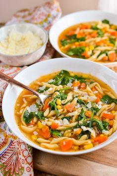 Kids are hungry, it's lunch time and you have nothing prepared. Make this delicious Instant Pot Vegetable Noodle Soup.