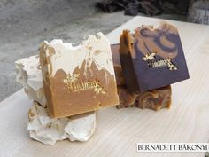 Honey Sisters: Goatmilk Soap with Honey , Cocoa Butter, Shea Butter and other oils, spices