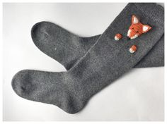 The wool socks is perfect for cold weather. This one is 100% premium quality sheep wool. Wool naturally isolates, allowing the body to breathe, while acrylic mixture can lead to overheating of your body and sweat.