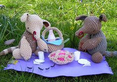 Anteaters on a picnic