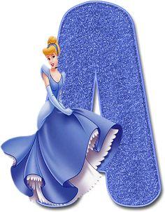 Disneyland Princess, Disney Princess Birthday, Alphabet Wallpaper, Emoji Wallpaper, Flower Letters, Monogram Letters, Alfabeto Disney, Pretty Henna Designs, Disney Frames
