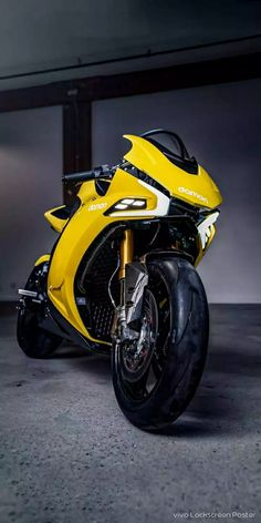 Many predicted that 2020 will become the year where the electric motorcycle is increasingly becoming the belle of the world. Most recently, Damon Motorcycles Motorcycle Design, Motorcycle Tips, Futuristic Motorcycle, Motorcycle Quotes, Motorcycle Wallpaper, Harley Davidson Motorcycles, Triumph Motorcycles, Custom Motorcycles, Sportbikes