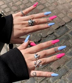 Acrylic Nails Coffin Short, Blue Acrylic Nails, Simple Acrylic Nails, Simple Nails, Pink Blue Nails, Pink Acrylic Nail Designs, Pink Acrylics, Vs Pink, Blue Coffin Nails