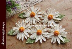 ├ハンドメイド・編み物 Happy life *Hand made memitan* Crochet Bird Patterns, Crochet Birds, Crochet Flowers, Knit Crochet, Crochet Bouquet, Plant Insects, Crochet Sunflower, Crochet Collar, Crochet Accessories