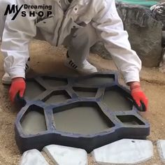 💥💥Path Floor Mould is a paving mold used to make a cement (or red mud) garden path. # DIY Home Decor videos Mintiml Path Floor Mould Backyard Projects, Outdoor Projects, Backyard Patio, Garden Projects, Backyard Landscaping, Home Projects, Backyard Fireplace, Jardin Decor, Floor Molding