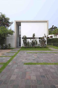 Casa en La Planicie / Juan Carlos Doblado Casa en La Planicie / Juan Carlos Doblado