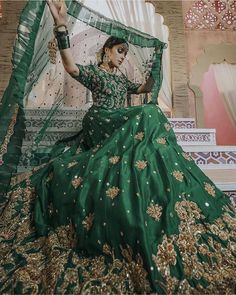 Beautifully Royal Dress in Dark Green Colour perfectly suits for your 💗 Indian Wedding Gowns, Indian Bridal Outfits, Indian Bridal Lehenga, Pakistani Bridal Dresses, Pakistani Dress Design, Pakistani Outfits, Desi Wedding, Wedding Ideas, Wedding Attire