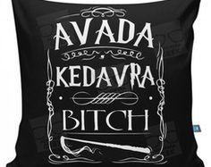 ALMOFADA AVADA KEDAVRA