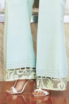 Buy Pakistani clothes online, salwar kameez, Indian dresses, kurtis, trousers and leggings by Henna Mehndi. Pakistani Clothes Online, Pakistani Outfits, Indian Outfits, Pakistani Clothing, Salwar Designs, Blouse Designs, Salwar Pants, Modele Hijab, Fashion Pants