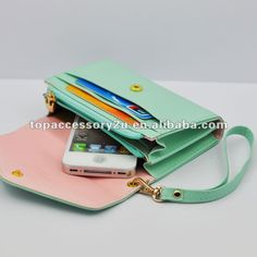 Universal phone bags and purses...something that fits your phone with an otterbox pleaseeee