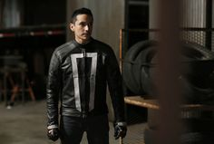 Take another look at Robbie Reyes, aka Ghost Rider, in Agents of S.H.I.E.L.D Season 4 premiere. Pics & details here