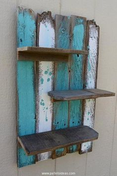 Simple Rustic Pallet Wall Shelf