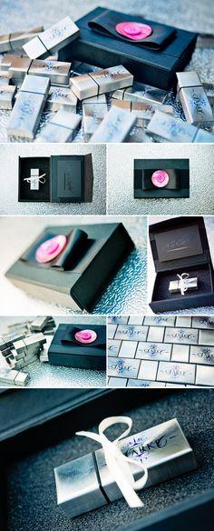 pretty usb-package, black ribbon