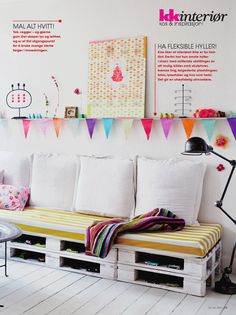 Pallet the Scandinavian way - perfect 'recycling' sofa for teenage room