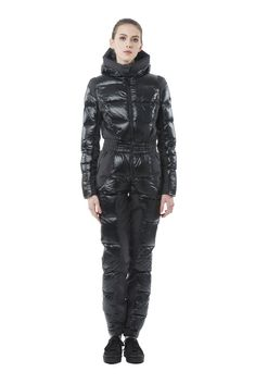 Fashion Tips For Anyone Who Wants To Dress Better – Designer Fashion Tips Ski Suit Mens, Down Suit, Winter Suit, Moon Boots, Puffy Jacket, Prom Dresses Online, Warm Outfits, Rain Wear, New York Fashion
