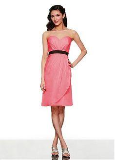 Lovely Chiffon Sweetheart Neckline Short Bridesmaid Dress