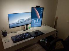Home Office Furniture: Choosing The Right Computer Desk Computer Desk Setup, Gaming Room Setup, Pc Setup, Home Office Setup, Home Office Design, Home Office Furniture, Clean Desk, Small Home Offices, Desk Inspiration