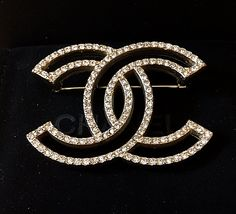 586440f0d31 CHANEL Pale Gold Crystal Brooch Pin HOLLOW Design Hallmark Authentic NIB