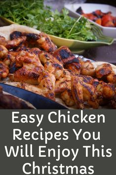 Chicken Recipes for Christmas - Enjoy our best chicken recipes for Christmas dinner eve that you make pretty quickly and serve hot with your family. Chicken Main Course Recipes, Easy Chicken Thigh Recipes, Yummy Chicken Recipes, Yum Yum Chicken, Best Diet Drinks, Healthy Chicken Dinner, Appetizer Recipes, Party Recipes, Bagel