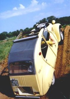 Don't try this at home: the Citroën 2CV Sahara standing tall.