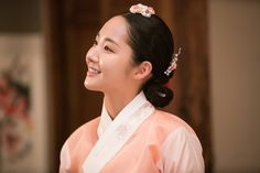 Queen for Seven Days (Hangul: 왕비; 7 Day Queen) is a South Korean television series starring Park Min-young as the titular Queen Dangyeong of Joseon, with Yeon Woo-jin and Lee Dong-gun. It airs on 신채경 역 박민영 Role Of A Nurse, Queen For Seven Days, Sungkyunkwan Scandal, Kbs Drama, Song Seung Heon, Gumiho, Park Min Young, Instagram Bio, Coming Of Age