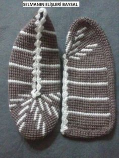 This Pin was discovered by Sve Crochet Shoes, Crochet Slippers, Tunisian Crochet, Knit Or Crochet, Afghan Crochet Patterns, Craft Items, Knitting Socks, Lana, Baby Shoes