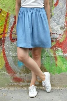 Instructions for Sewing Beginner - Quick Skirt with Elastic Sewing Slow Fashion D . Fashion D, Slow Fashion, Fashion Outfits, Sewing Projects For Beginners, Knitting For Beginners, Sewing Clothes, Diy Clothes, Outfit Elegantes, Diy Kleidung