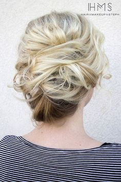 Gorgeous messy wedding updos 8
