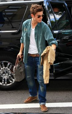 Zac Efron in Levis Jeans