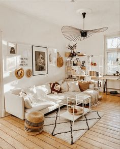 Boho Living Room, Home And Living, Living Room Decor, Living Spaces, Bedroom Decor, Budget Home Decorating, Hygge Home, Aesthetic Room Decor, Cozy House