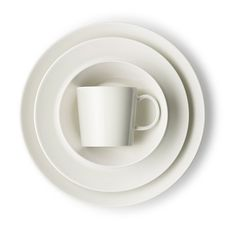 iittala Teema White Dinner Plate A set of crisp, clean white dinner plates is a necessity for any modern home, and many would argue that iittala Teema is the best basic to invest in. An undisputed classic Scandinavian dinnerware, Teem.