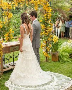 #fitnoivinha #bride #bride2bride #chuvadearroz #inesquecivelcasamento #digitalinfluencer #casamentojf #bomdia #instablogger #blogdecasamento #cortejo #cortejodecasamento #vestidodenoiva