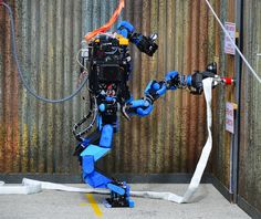 SCHAFT declines funding from DARPA, allowing more teams to participate in the competition Robot Technology, Wearable Technology, Robot Videos, Technological Singularity, Robotics Companies, Real Robots, Smart Textiles, Humanoid Robot, March For Science