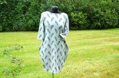 Sukienka w piórka rozm. 38