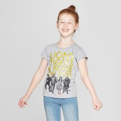 8147663426 She ll be ready to meet the Wizard in the Wizard of Oz Short-Sleeve T-Shirt.  With a heather-gray background