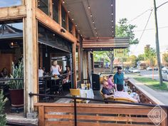 See the best rooftop bars and patios in Nashville. This guide features options in two of Nashville's most popular neighborhoods -- Downtown and The Gulch. Outdoor Restaurant Patio, Rustic Restaurant, Rooftop Restaurant, Outdoor Patio Pavers, Concrete Patio, Backyard Patio, Patio Furniture Cushions, Patio Furniture Covers, Cool Diy