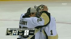 probably the cutest picture in this whole world! Goalies stick together! Pittsburgh Penguins Goalies, Pittsburgh Sports, Pens Hockey, Ice Hockey, Penguin Songs, Ice Games, Goalie Stick, Bud Flower, Funny Hockey