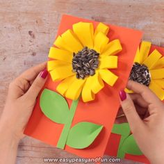 With Real Seeds Fall Craft For Kids Sunflower With Real Seeds Fall Craft for Kids Craft Video art and craft videosSunflower With Real Seeds Fall Craft for Kids Craft Video art and craft videos Bee Crafts For Kids, Arts And Crafts Projects, Crafts For Teens, Craft Kids, Craft Art, Kids Diy, Fall Arts And Crafts, Autumn Crafts, Fox Crafts