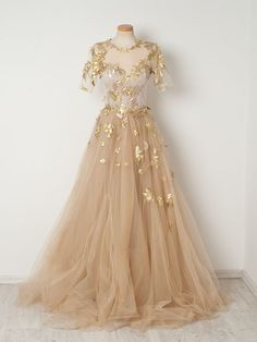 2019 Gold Appliques Champagne Tulle Prom Dresses,A-line Short Sleeves Long Prom Evening Dresses Source by storenvy dress gowns Beautiful Prom Dresses, Elegant Dresses, Pretty Dresses, Long Dresses, Maxi Dresses, Awesome Dresses, Sparkly Dresses, Bridesmaid Dresses, Lace Evening Dresses