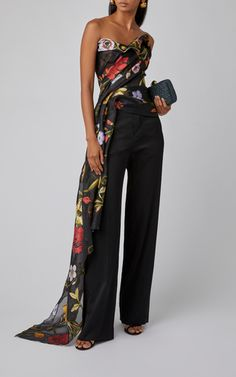 Floral-Print Strapless Cady Blouse by Oscar de la Renta Evening Outfits, Evening Dresses, Classy Outfits, Chic Outfits, Look Fashion, Womens Fashion, Fashion Design, Elegantes Outfit, Looks Chic
