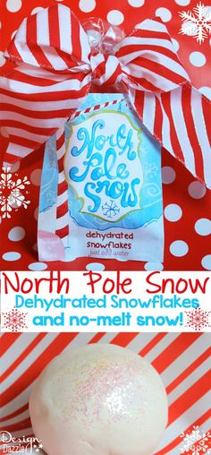 North Pole Snow - dehydrated snowflakes and no-melt snow. Details on Design Dazzle! #Christmasprintables, #NorthPolesnow