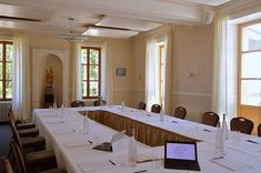 You want to organize or to book a seminar in Geneva? Restaurant Vieux Bois in Genève is the perfect spot. Located near ILO, UNO, ICCG, ICCR and Palexpo Geneva Restaurant, Swiss Switzerland, Meeting Rooms, Speed Internet, Book Organization, Very Well, High Speed, Second Floor, Natural Light
