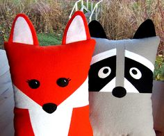 Fox Pillow is easy to make, great for kids and adults alike. Raccoon pillow is only a bit more difficult and very sweet. Both pillows and baby Fox and Raccoon made with felt, are included in PDF sewing tutorial available for purchase and instant download here: View Fox & Raccoon …