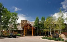 Snowmass, CO: Snowmass Club three bedroom luxury condominiums are conveniently located on the golf course and feature breathtaking views of Snowmass and the Elk Mou... Vacation Rental
