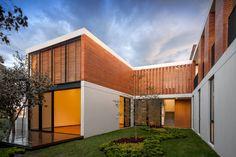 Casa Ro, by Alexanderson Arquitectos.