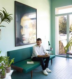 Homewares designer Christian Haas has set his imagination free on the top floor of his Porto townhouse Free Kitchen Design, Handleless Kitchen, Vitra Design, World Of Interiors, Vintage Chairs, White Rooms, Spare Room, Wooden Flooring, Small Rooms