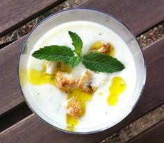 Crema fría de melón, pepino y yogurt griego